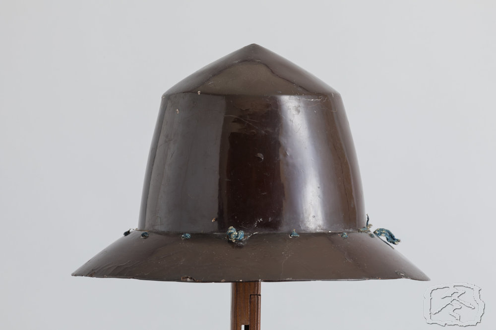 #HLM140  BLACK LACQUERED 'NANBAN KABUTO' IN THE FORM OF A PORTUGUESE HAT
